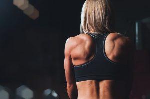 Les femmes devraient-elles s'entraîner comme les hommes ?
